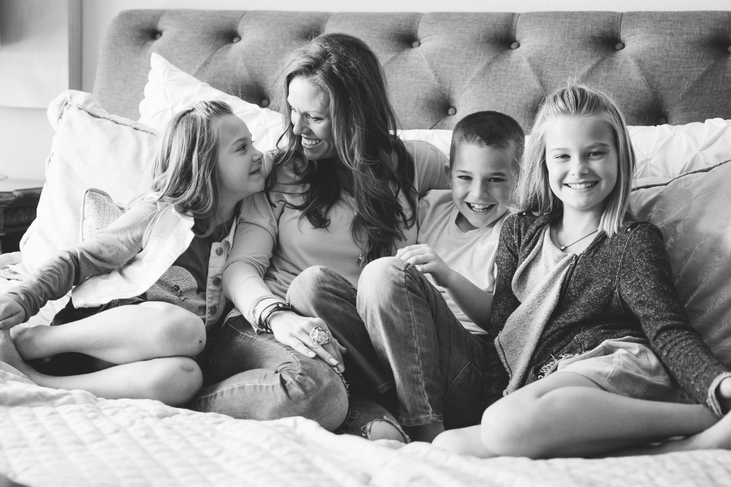Mom and Her Three Adorable Children {Family Lifestyle Photographer|Celina}