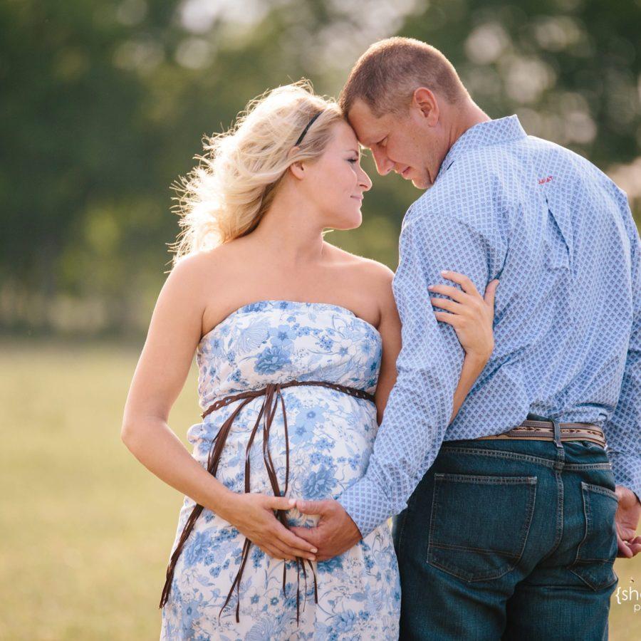 Baby Boy Love {Maternity Photographer|Celina, TX}