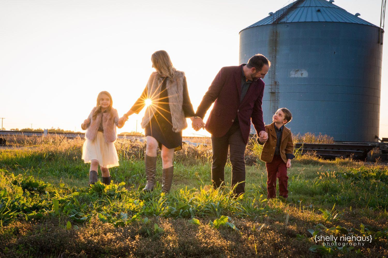 Downtown Family Session {Lifestyle Photographer| Prosper, TX}