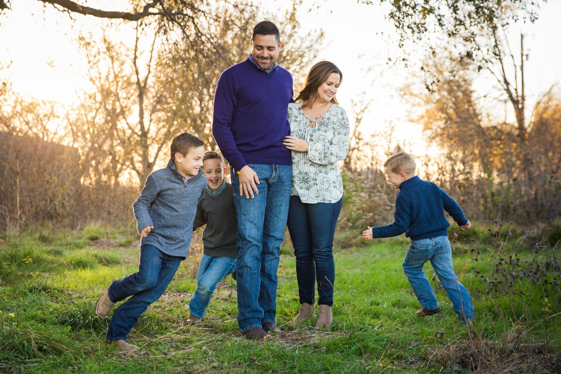 Boys laughing with mama and dad {Family Photographer| Prosper, TX}