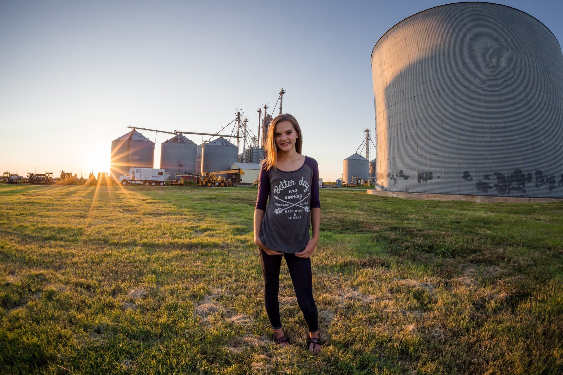 Shelly Niehaus Photography| Dallas Senior Photographer| Senior Girl Prosper, TX Silos