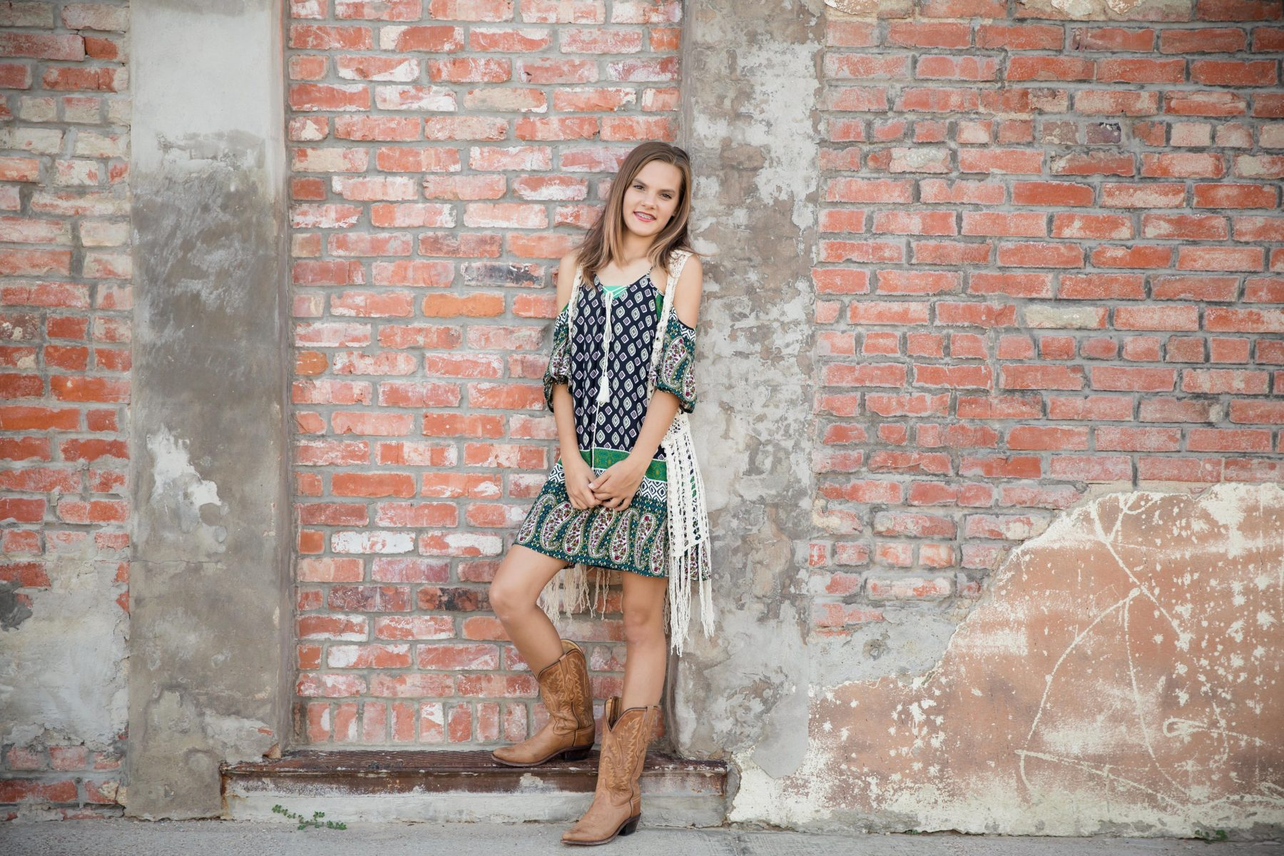 Shelly Niehaus Photography| Dallas Senior Photographer| Senior Girl Downtown Prosper