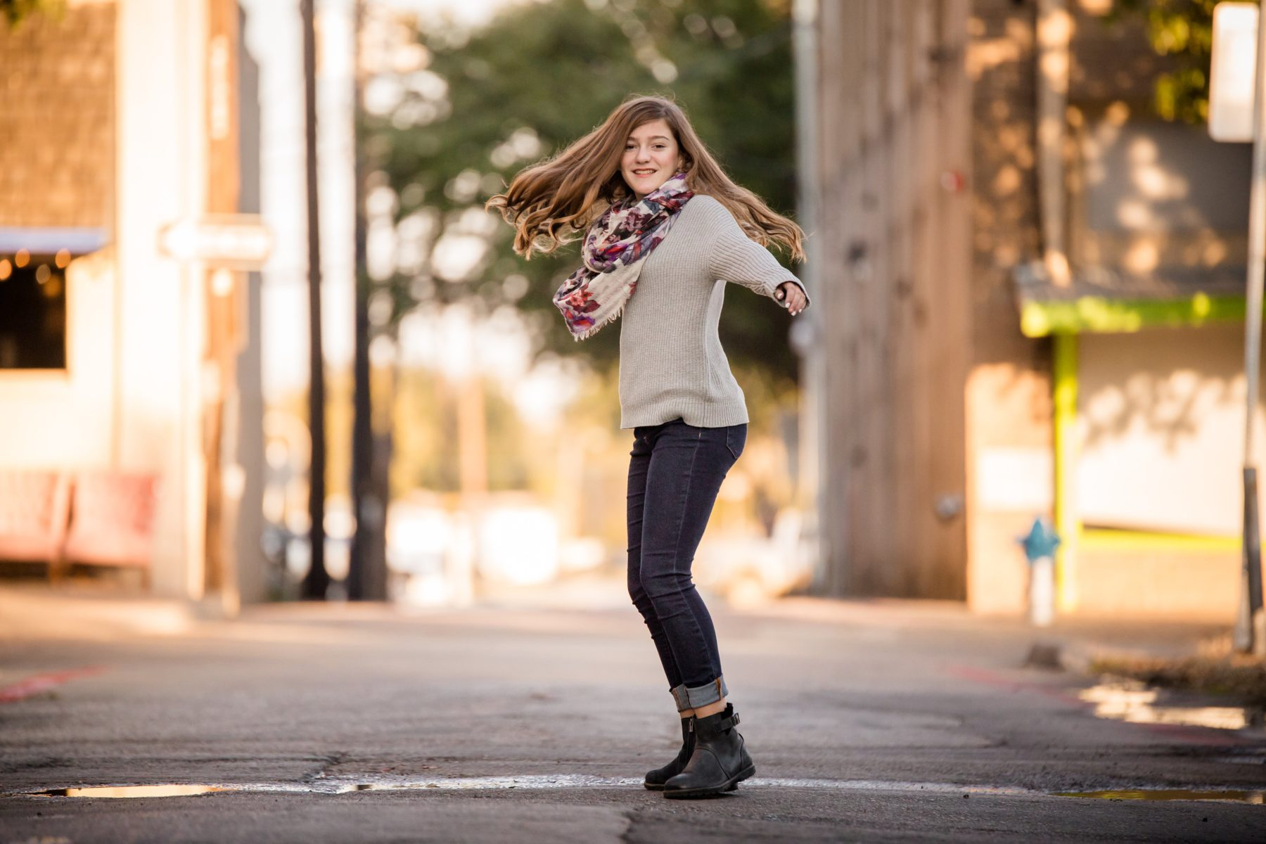 Shelly Niehaus Photography| Dallas Senior Photographer| Senior Girl Downtown McKinney